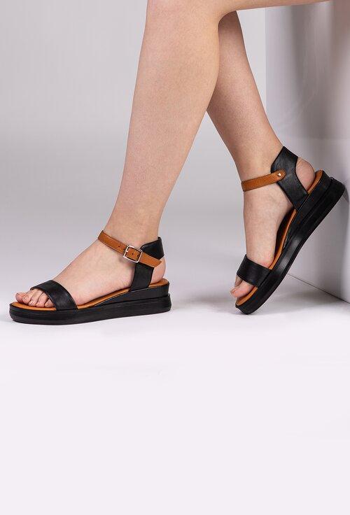 Sandale negre din piele cu talpa maro
