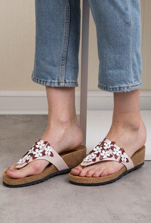 Sandale roze tip papuc din piele naturala cu flori Daiana
