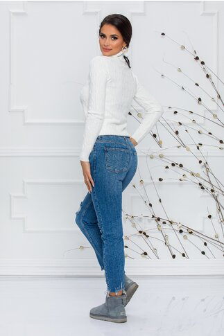 Blugi Selena albastri cu rupturi decorative si franjuri la baza