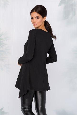 Bluza Adelia neagra cu aplicatii si margelute pe o parte