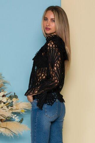 Bluza Alina neagra din dantela cu volane