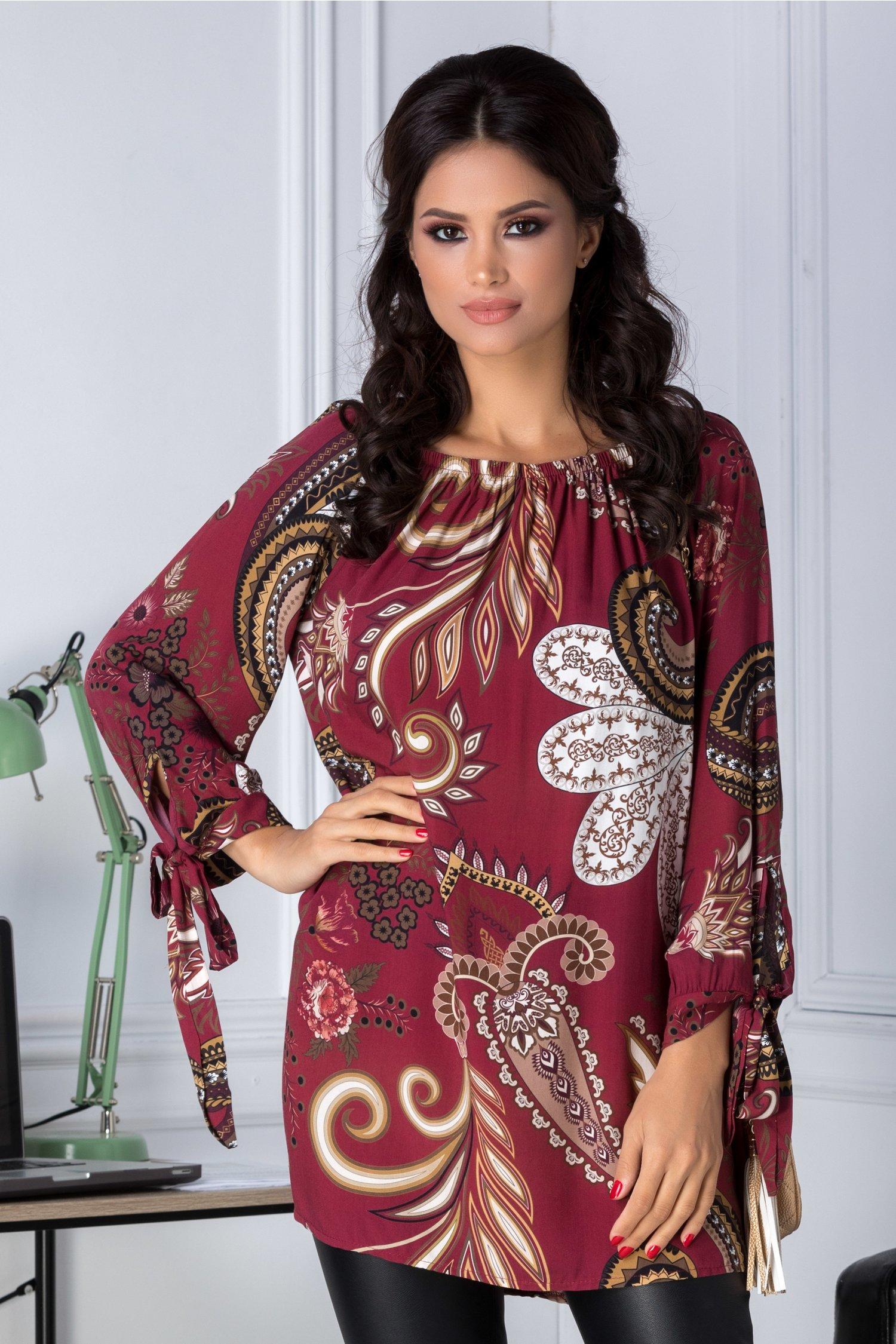 Bluza Amira bordo cu imprimeu divers