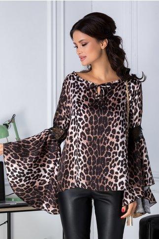 Bluza Ariana cu animal print