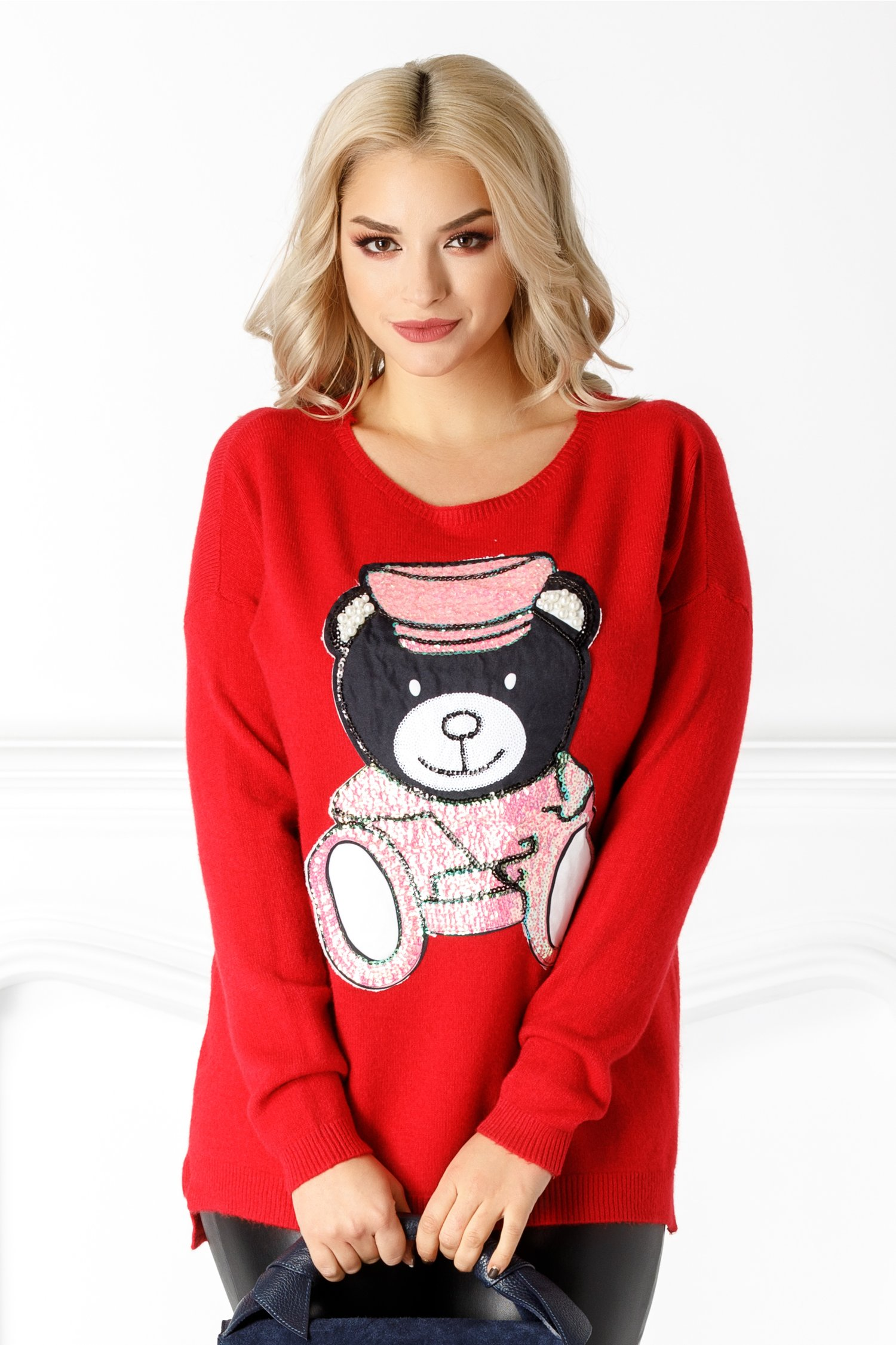Bluza Bear rosie cu paiete si perlute