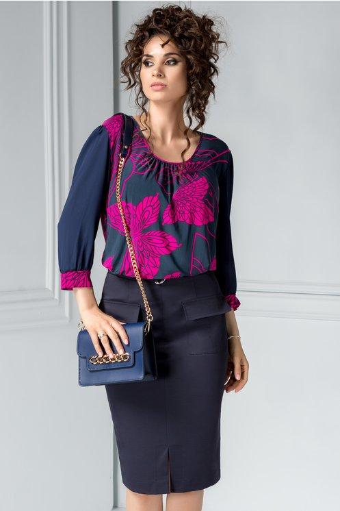 Bluza bleumarin cu imprimeu fucsia