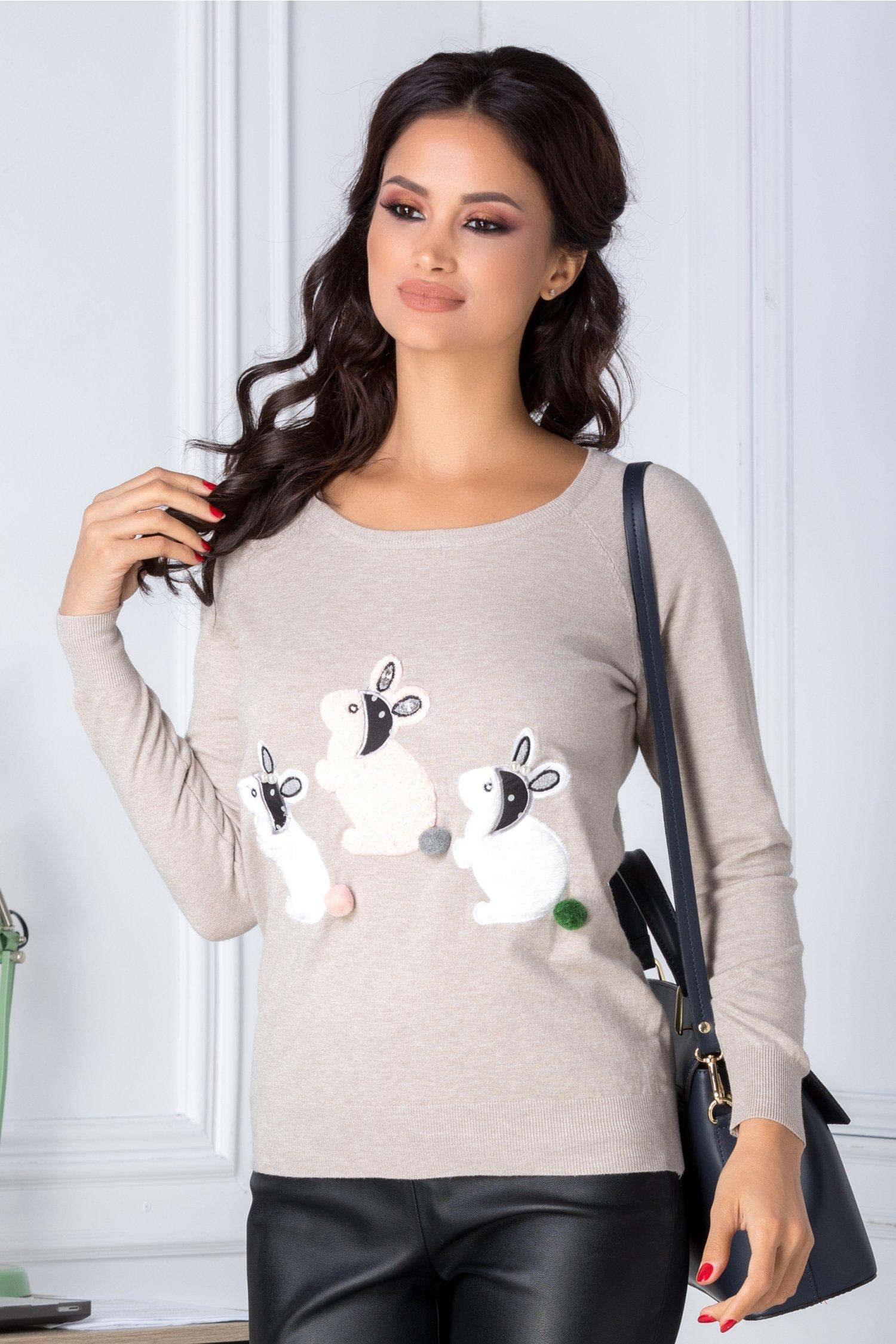 Bluza Bunny crem cu iepurasi pufosi