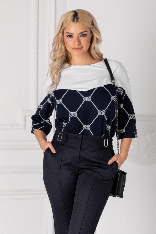 Bluza Calida oversize alb cu bleumarin