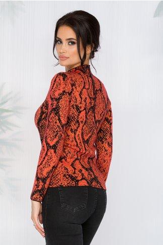 Bluza Carina caramizie cu imprimeuri negre si insertii din fir auriu