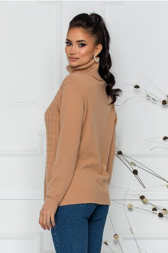 Bluza Carmen maro deschis cu guler inalt si design impletit
