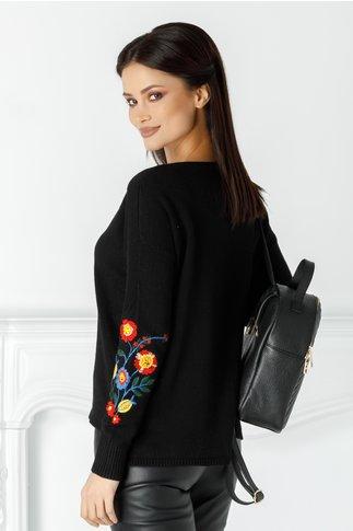 Bluza Catalina neagra cu broderie florala la maneci