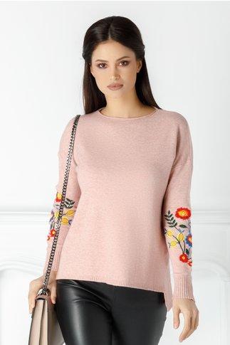 Bluza Catalina roz cu broderie florala la maneci