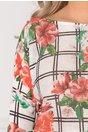 Bluza Coralia alba cu imprimeu floral si carouri