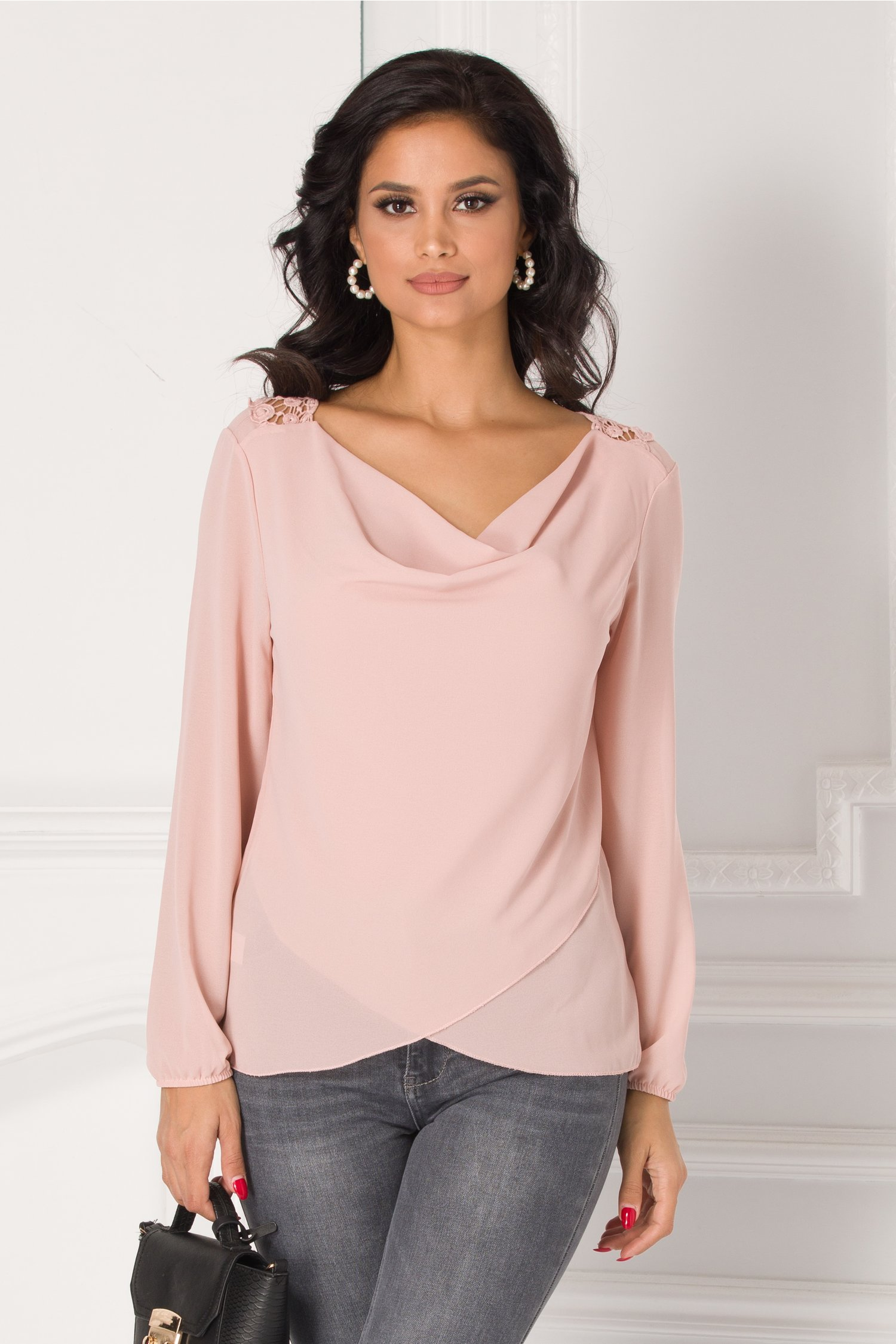Bluza Cori roz pudrat cu broderie la spate