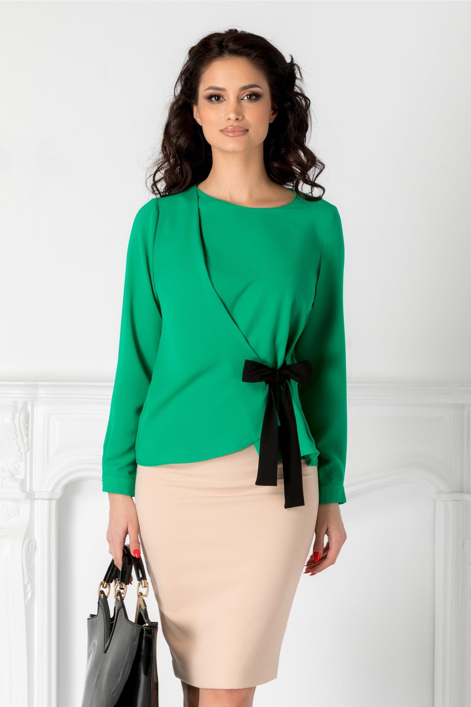 Bluza dama Alina verde cu funda intr-o parte