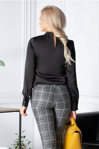 Bluza dama neagra eleganta cu funda la guler