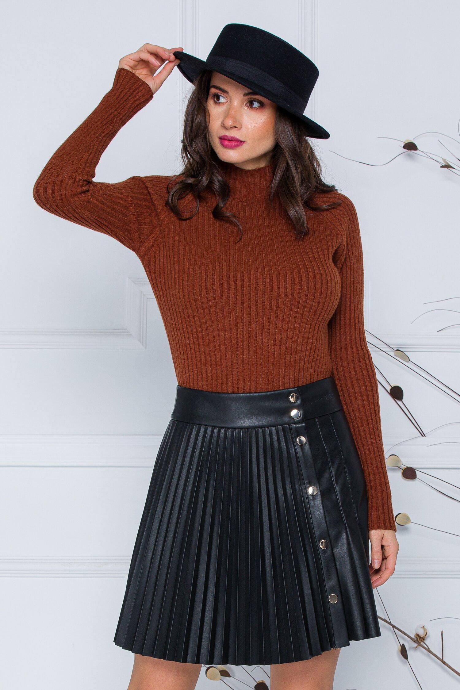 Bluza Daria maro din tricot reiat imagine