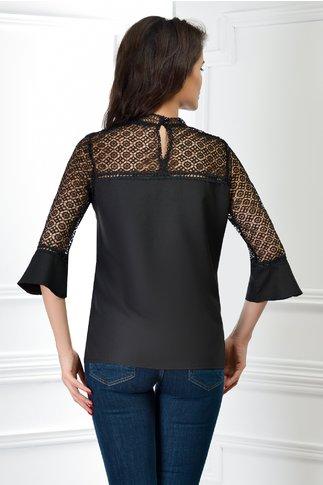 Bluza Electra neagra cu maneci din broderie