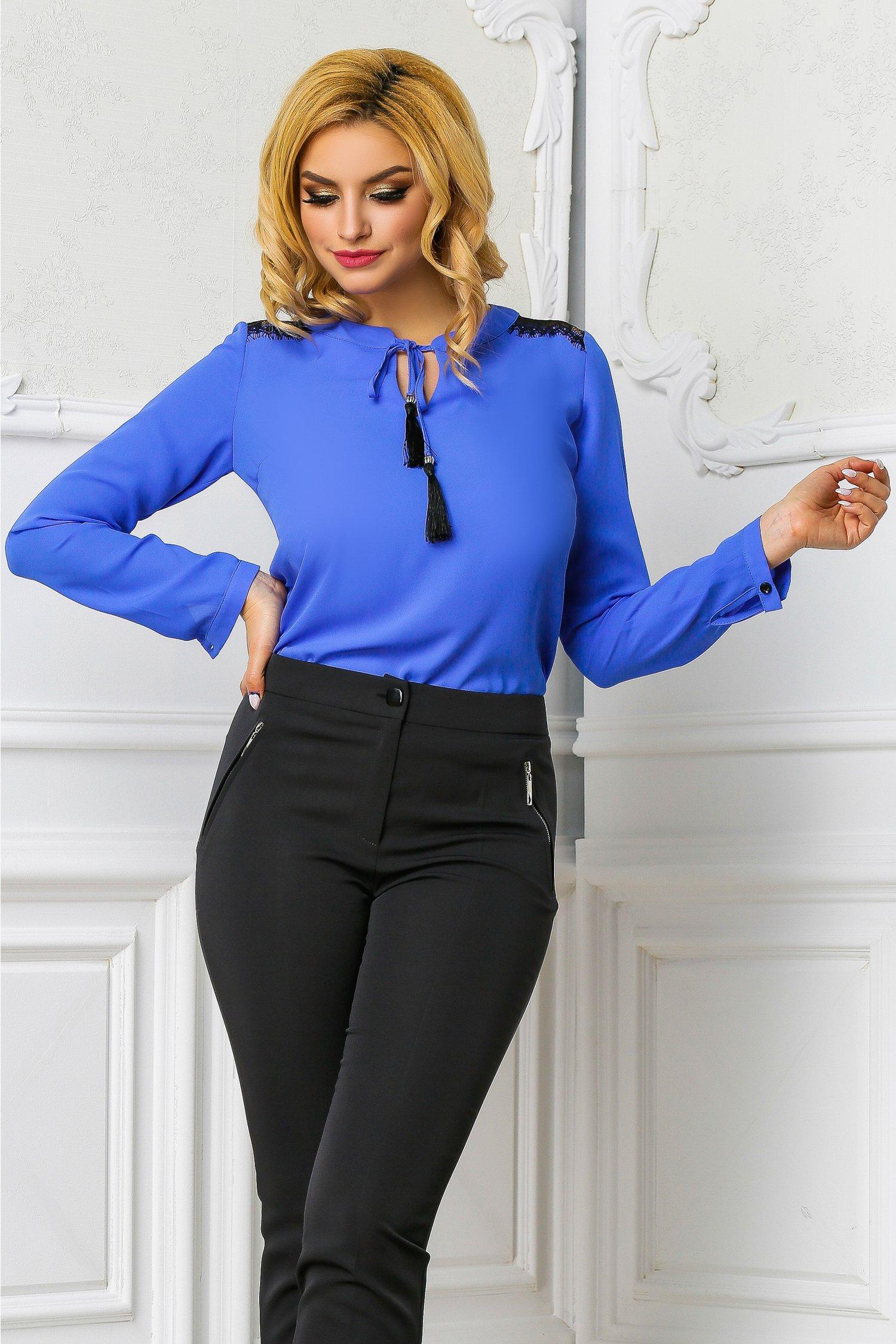 Bluza Ema albastra office cu dantela