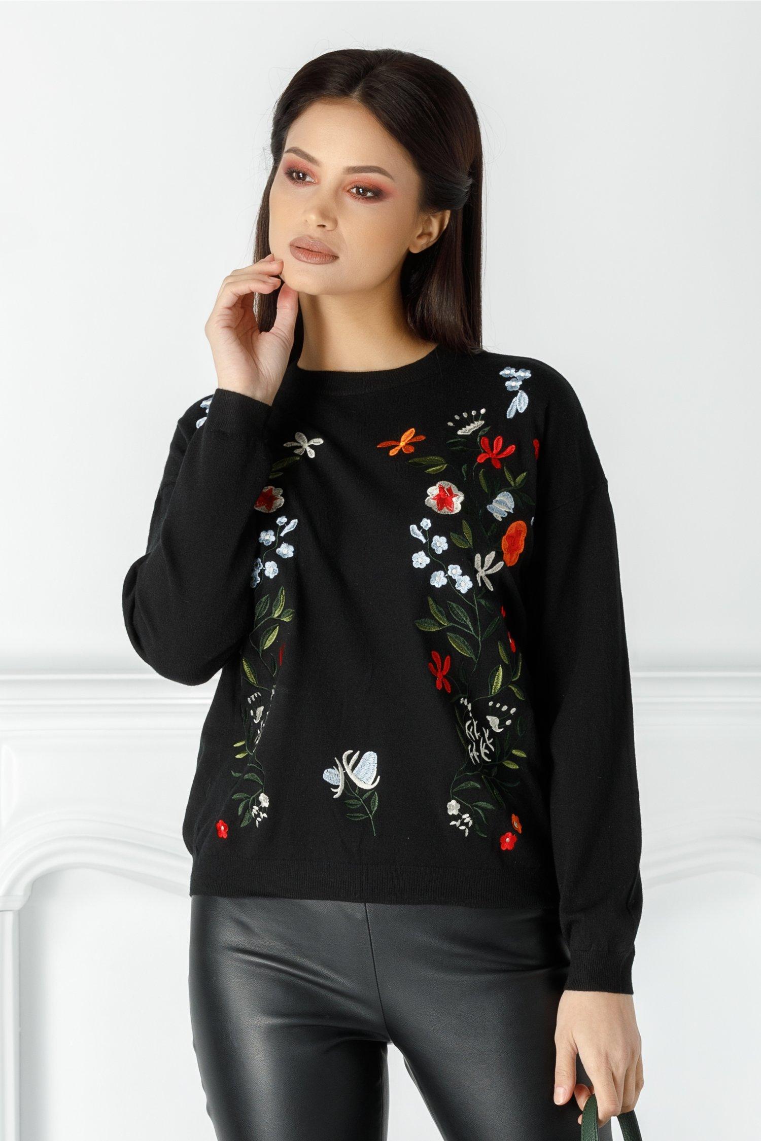 Bluza Floris neagra cu flori brodate