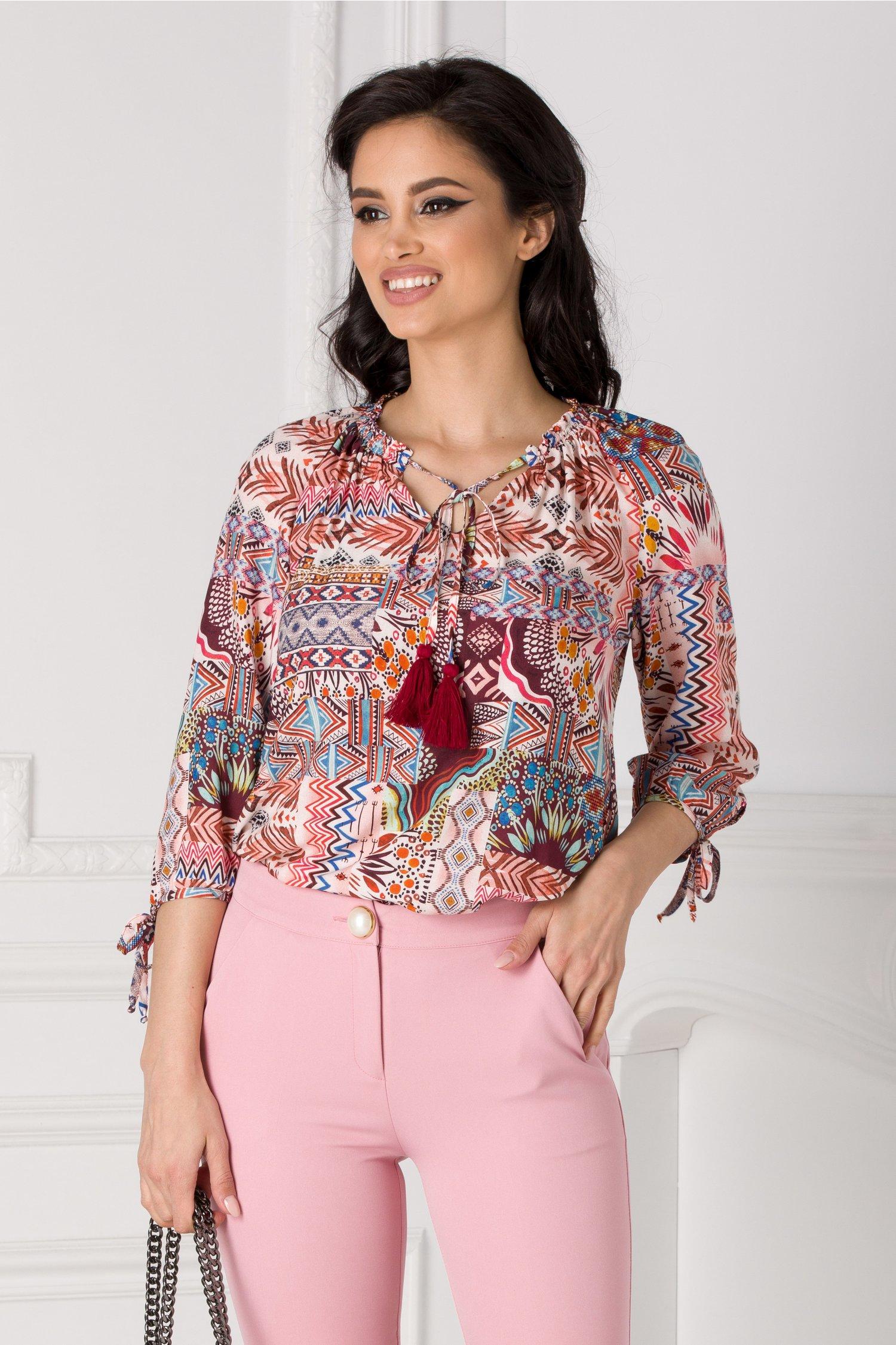 Bluza Helen roz cu imprimeu aztec