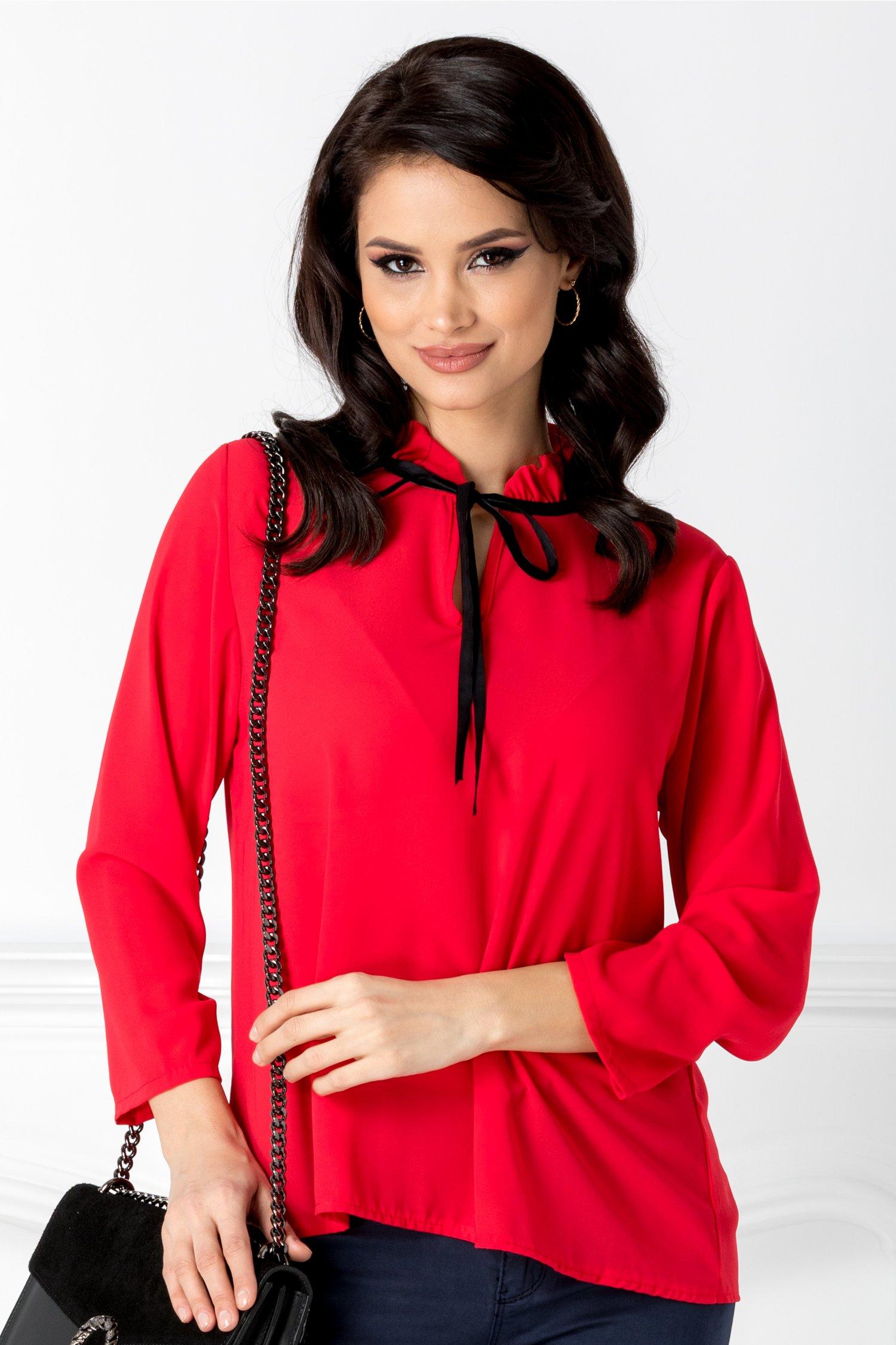 Bluza Horesa rosie cu volane la guler