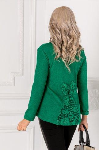 Bluza Ivy verde cu dantela si funda la spate