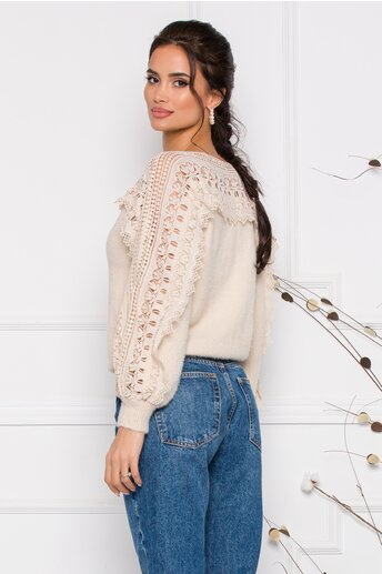 Bluza Jasmine ivoire din tricot moale cu detalii din dantela la bust si maneci