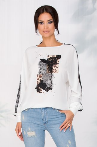 Bluza LaDonna alba in croi lejer cu insertii din dantela si animal print