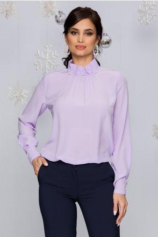 Bluza LaDonna lila cu guler inalt accesorizat cu perle