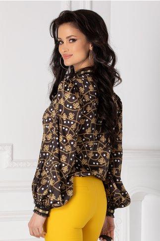 Bluza LaDonna neagra cu imprimeu divers si dantela la guler