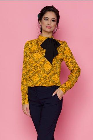 Bluza Larisa galbena cu imprimeuri florale si accesoriu tip cravata la gat