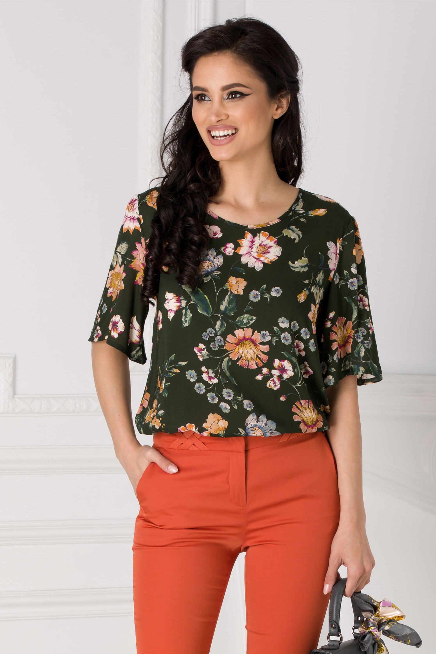 Bluza Lelia verde cu imprimeu floral