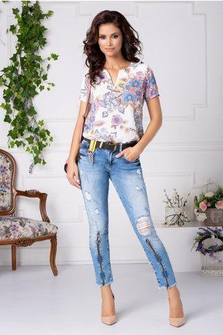 Bluza Letty alba casual cu flori colorate