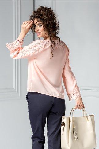 Bluza Madalina roz cu broderie eleganta