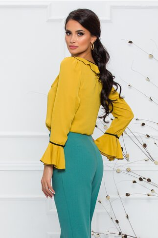 Bluza Miruna galben mustar accesorizata cu volanase si snur negru