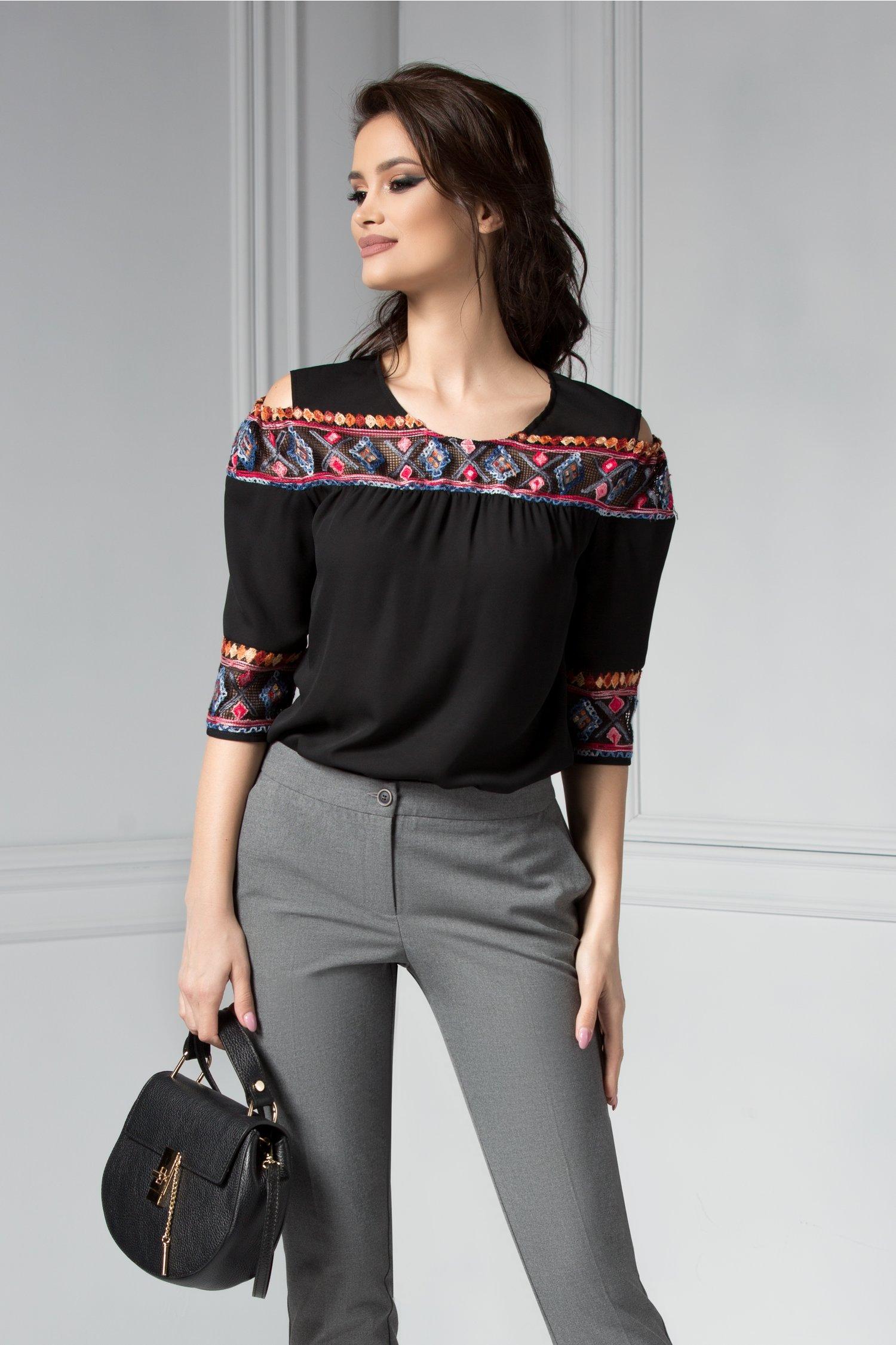 Bluza Moze Anette neagra cu broderie traditionala
