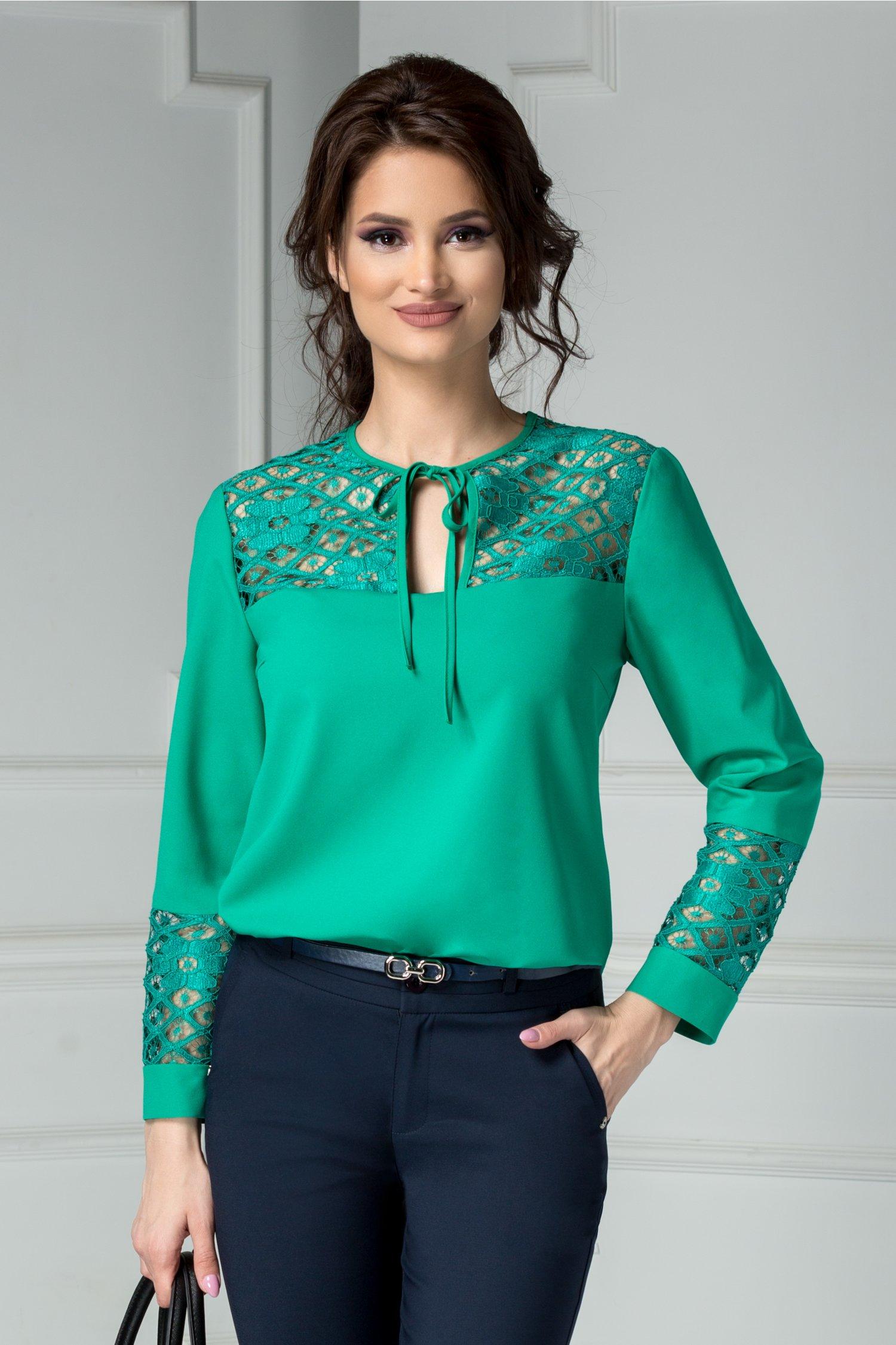 Bluza Moze verde cu insertii dantela