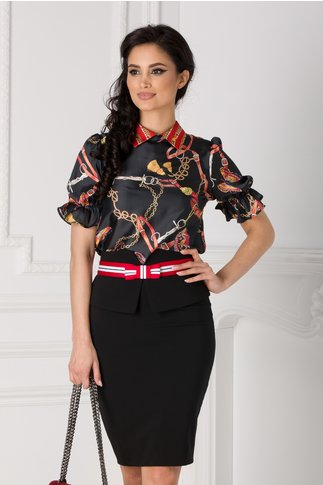 Bluza neagra cu imprimeu multicolor si fluturi