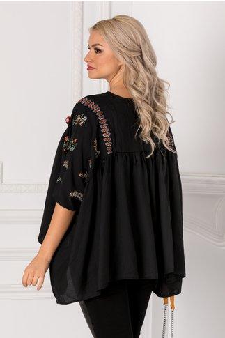 Bluza neagra cu imprimeu traditional si ciucurei la bust
