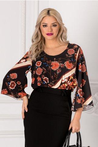 Bluza neagra cu imprimeuri florale caramizii