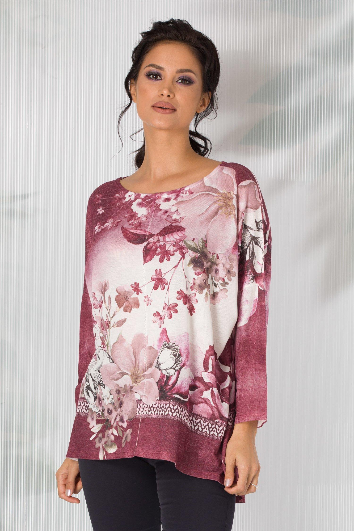 Bluza Nicoleta magenta cu alb in degrade si imprimeu floral