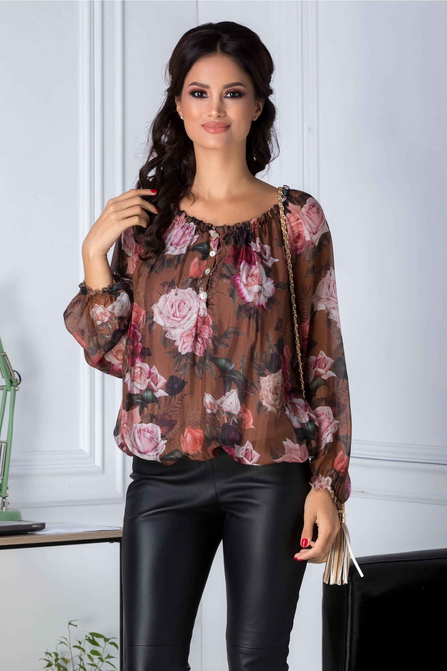 Bluza vaporoasa maro cu imprimeu floral