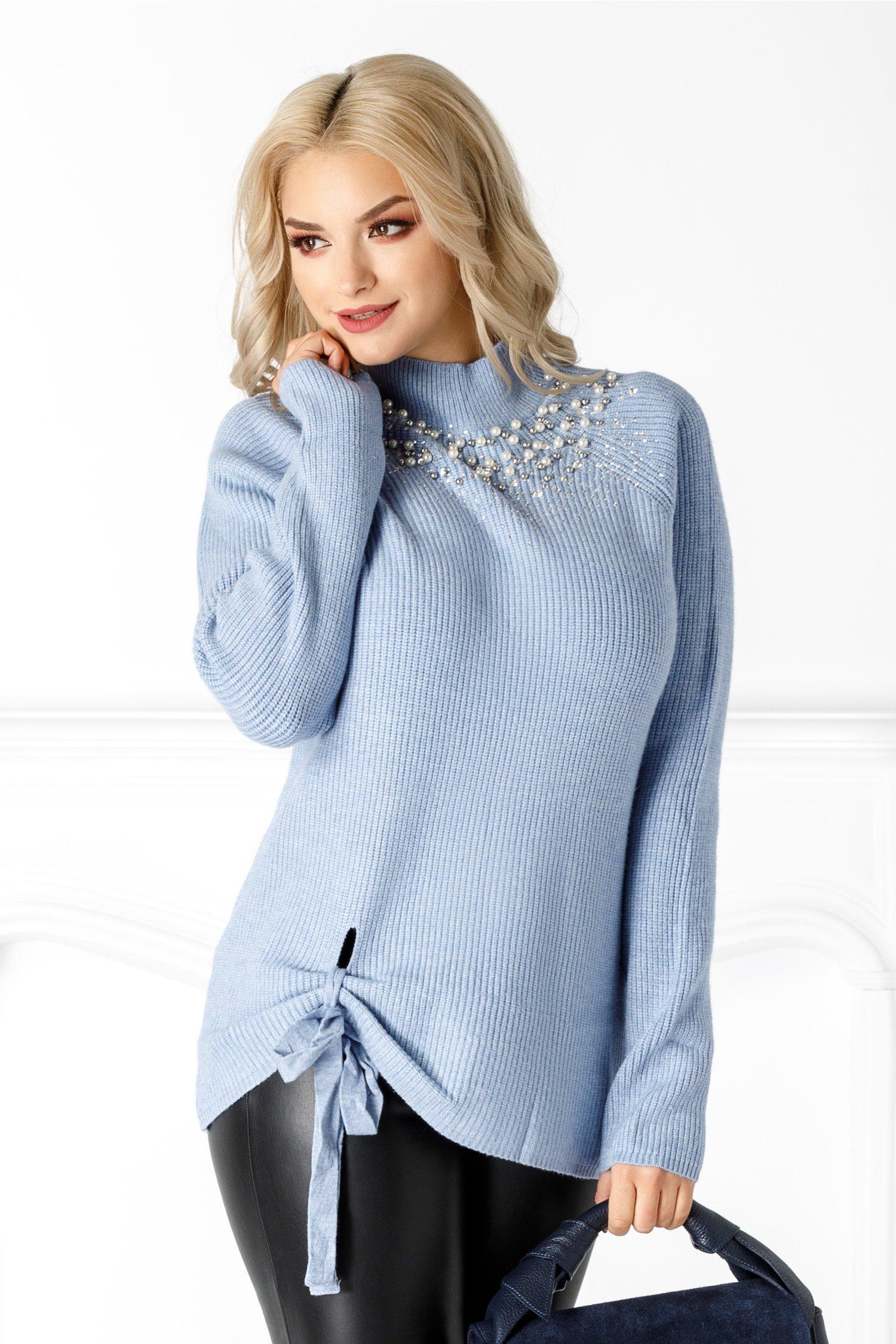Bluza Yasmine albastra cu perlute la guler