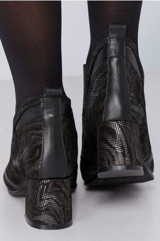 Botine Lanya negre cu elastic si imprimeu snakeprint