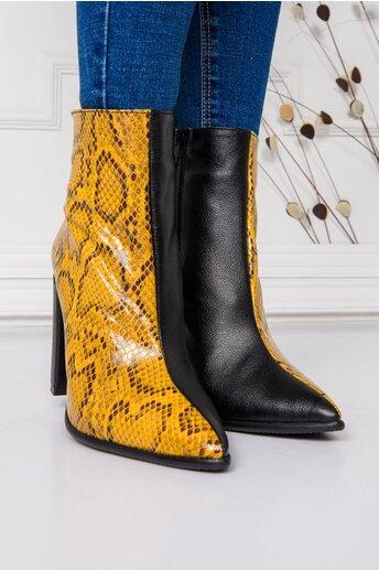 Botine Leya negre cu imprimeu snake galben