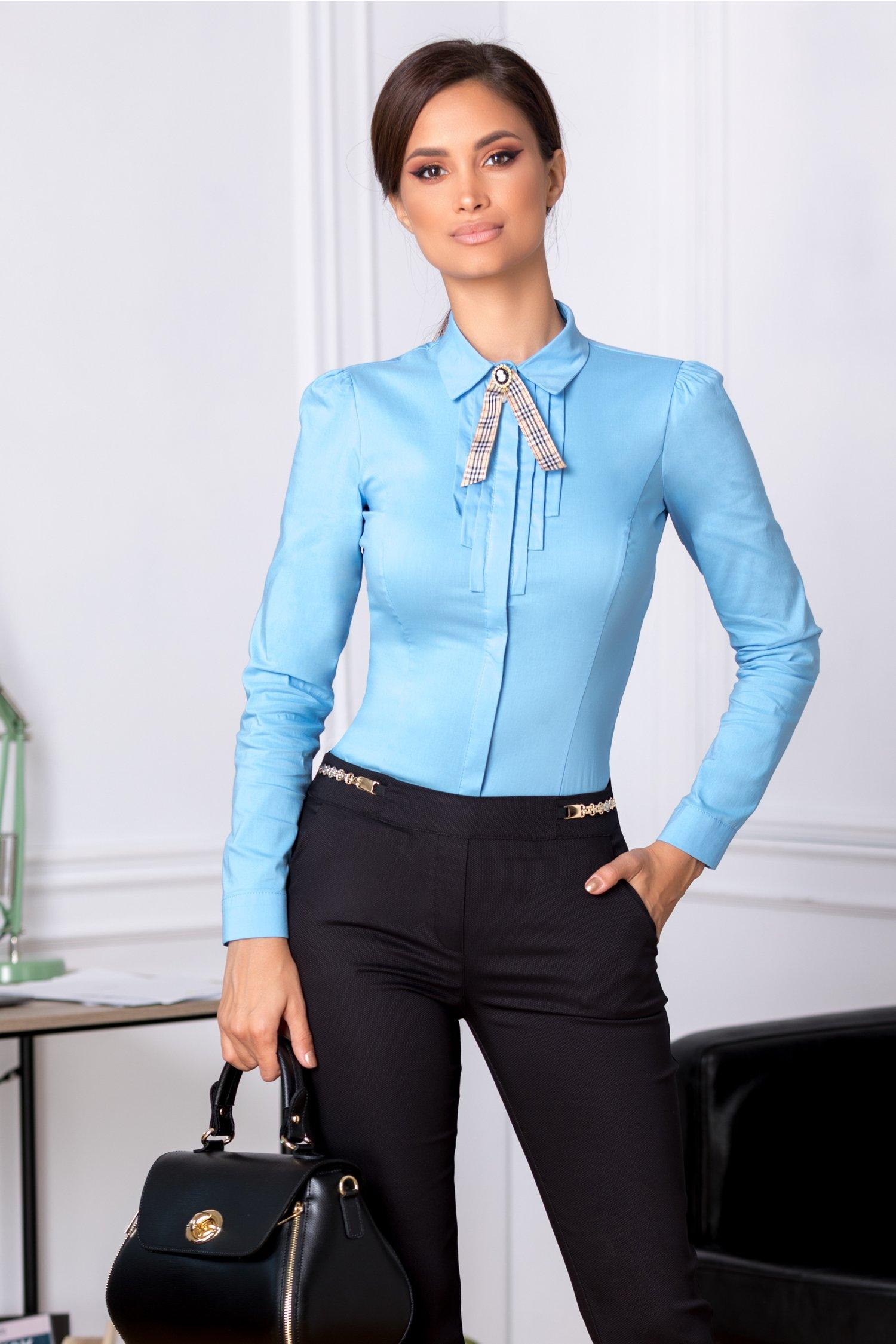 Camasa Fofy bleu office cu brosa crem