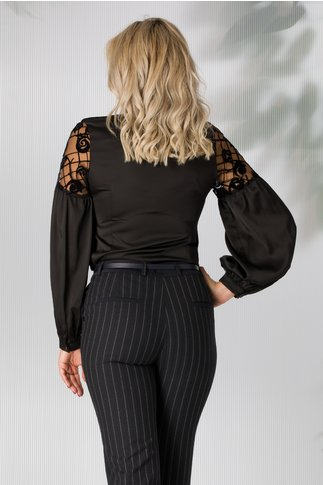 Camasa Sabrina neagra cu tull si detalii catifelate la maneci
