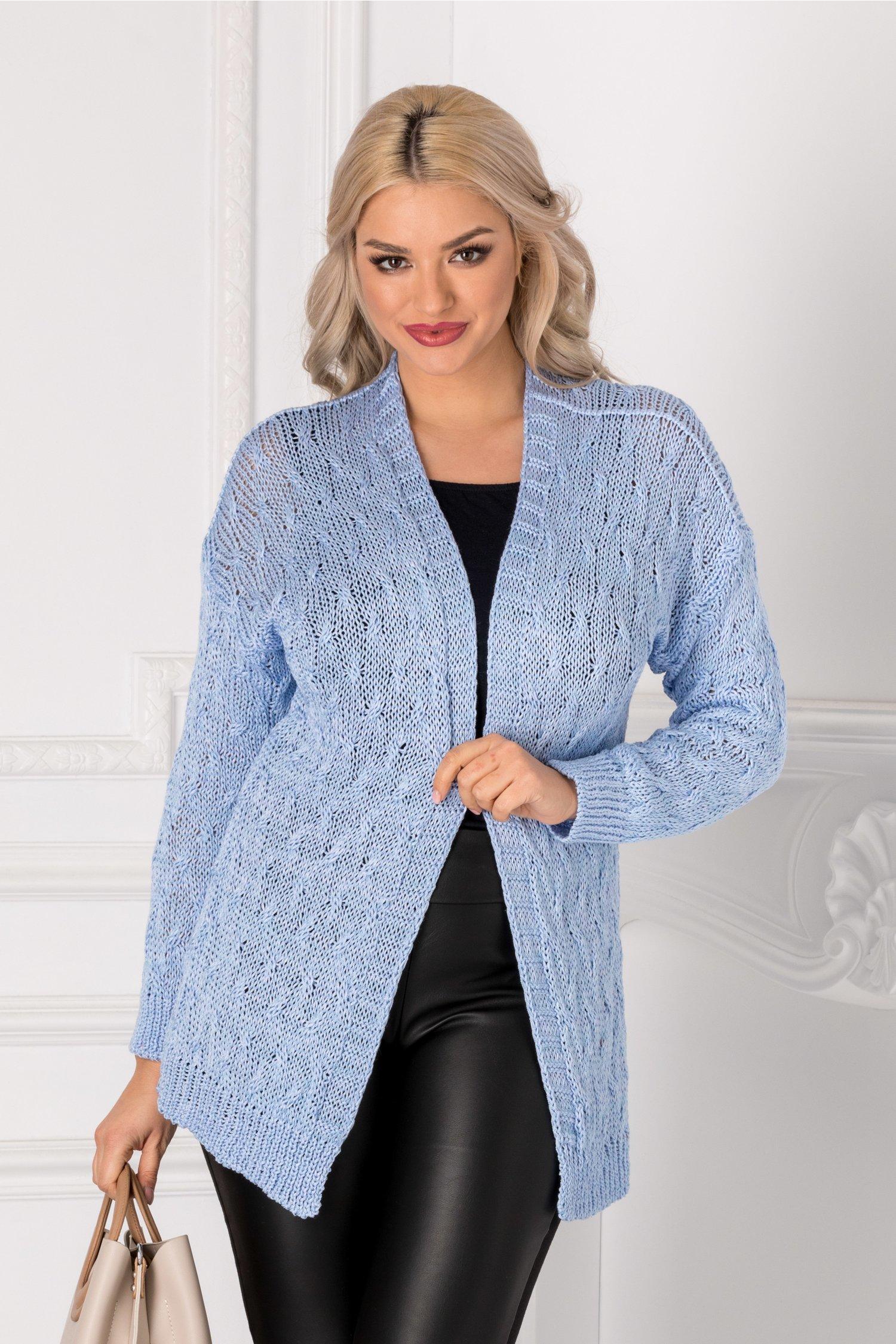 Cardigan bleu tricotat thumbnail