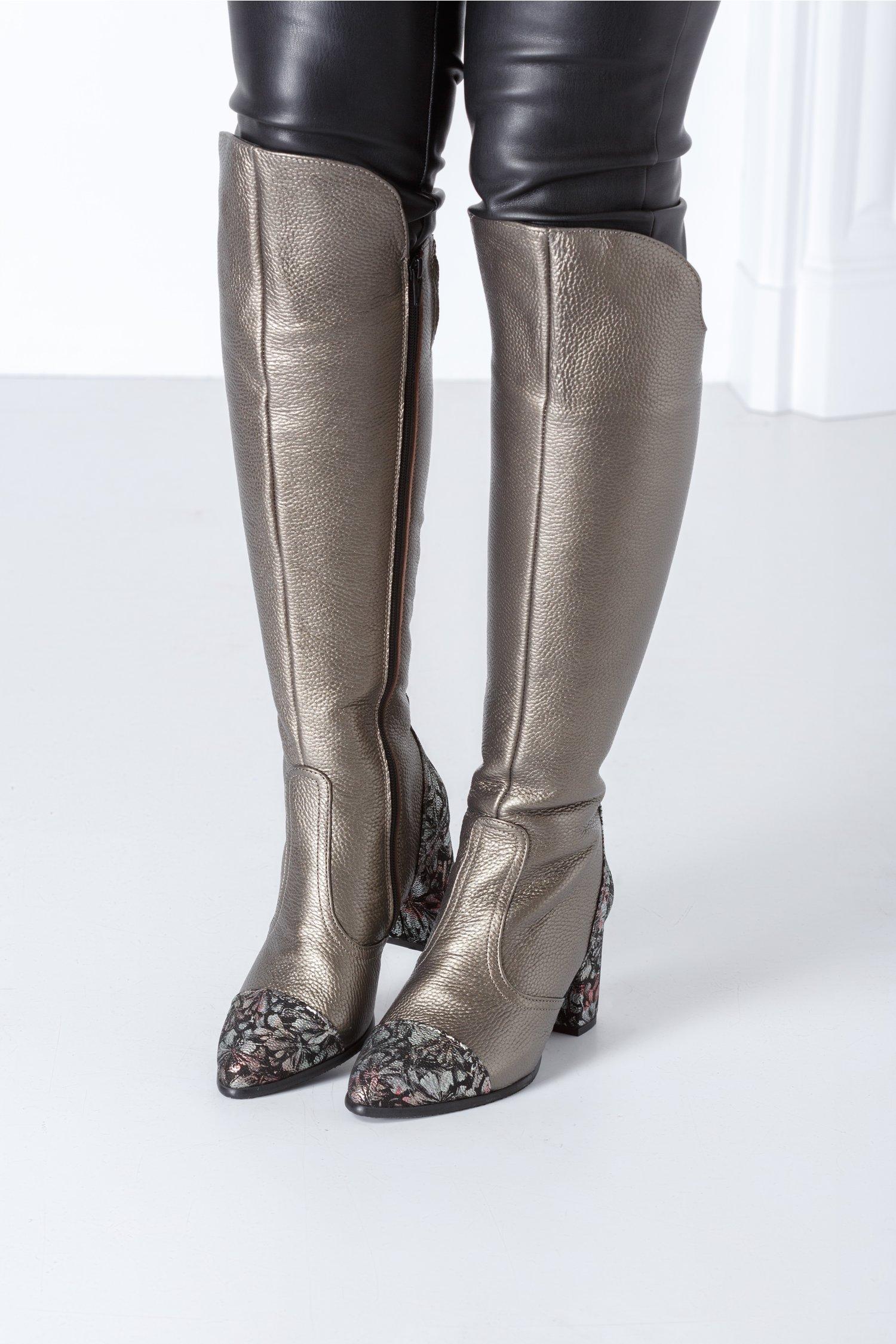 Cizme lungi bronz cu toc