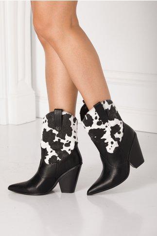 Cizme negre scurte cu imprimeu alb - negru din imitatie de par de ponei